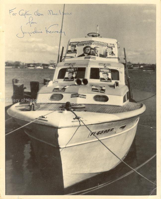 JACQUELINE B. KENNEDY JACKIE WIFE OF JFK INSCRIBED PHOTOGRAPH SIGNED COA
